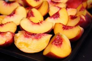 персики польза и вред