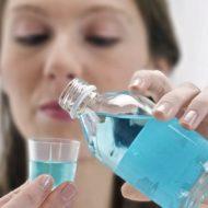 Полезен ли ополаскиватель для зубов или вреден для полости рта?